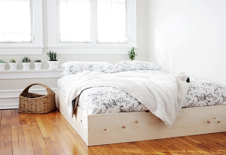 Rumah Bersih Simpel Furnitur
