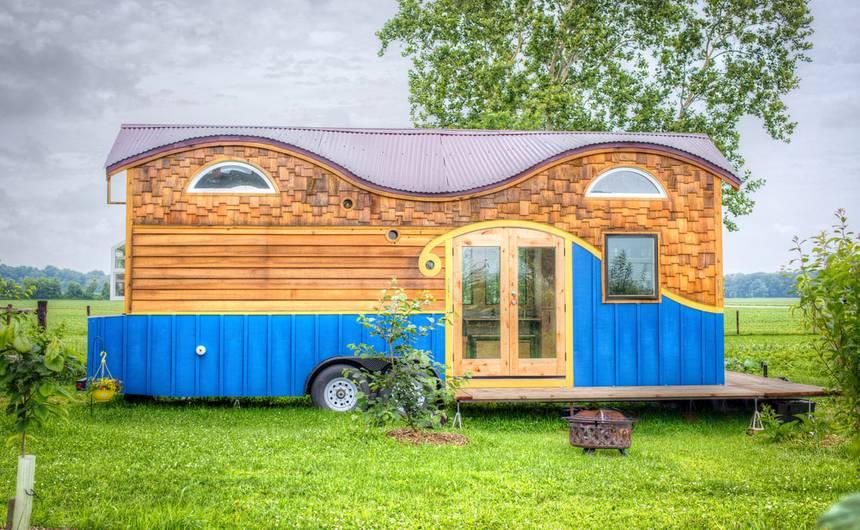 Rumah-Mini-The-Pequod-House