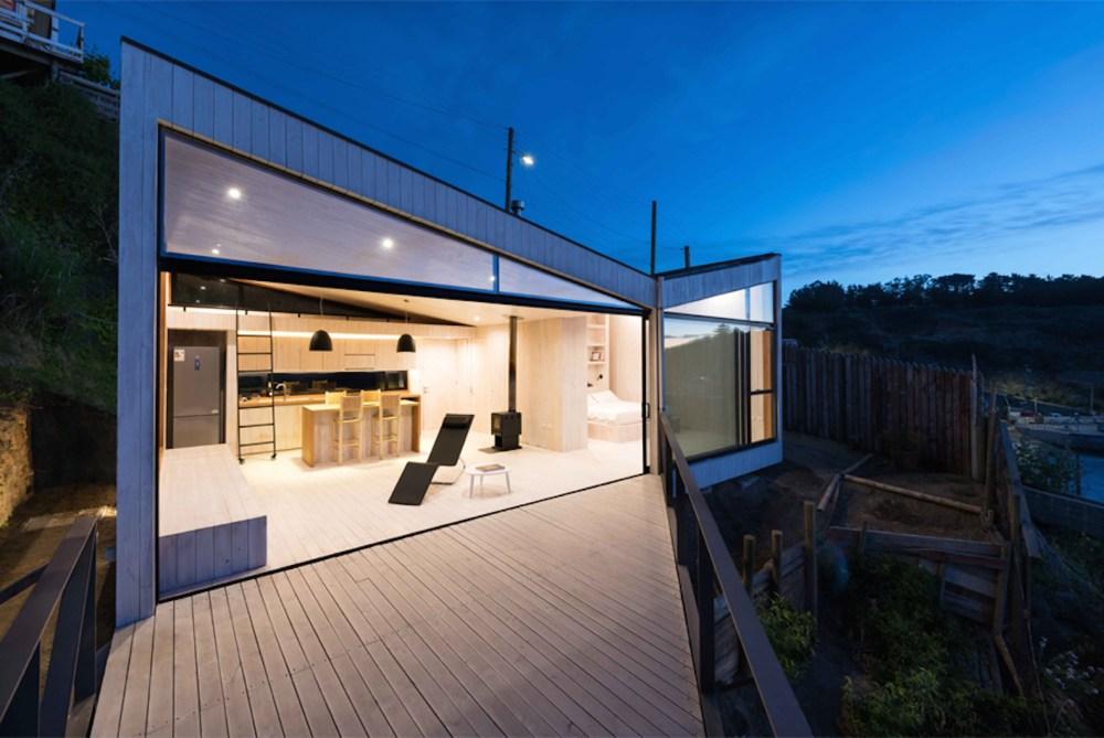 Rumah Minimalis Terbaru Full Height Glass Sinar Cahaya