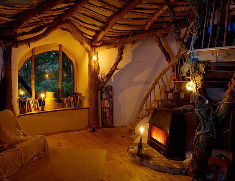 Rumah Bawah Tanah Wale's Hobbit House Interior