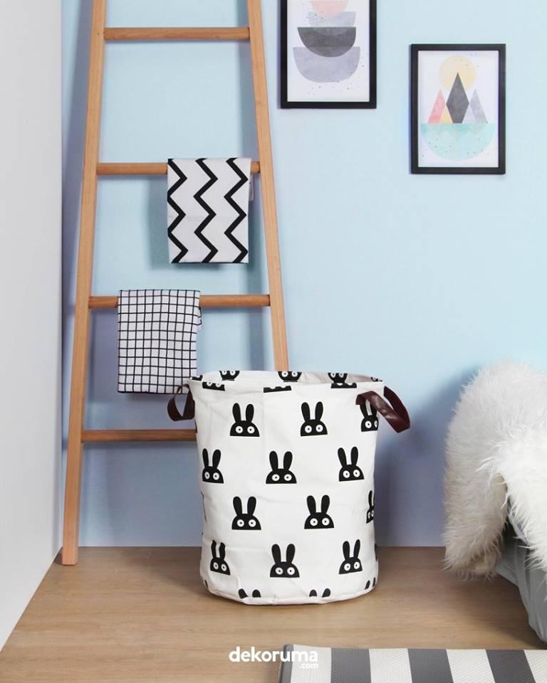 Keranjang baju lucu dekorasi kamar anak
