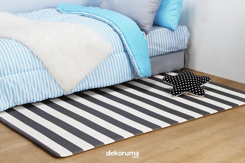 Karpet hitam putih untuk dekorasi kamar anak