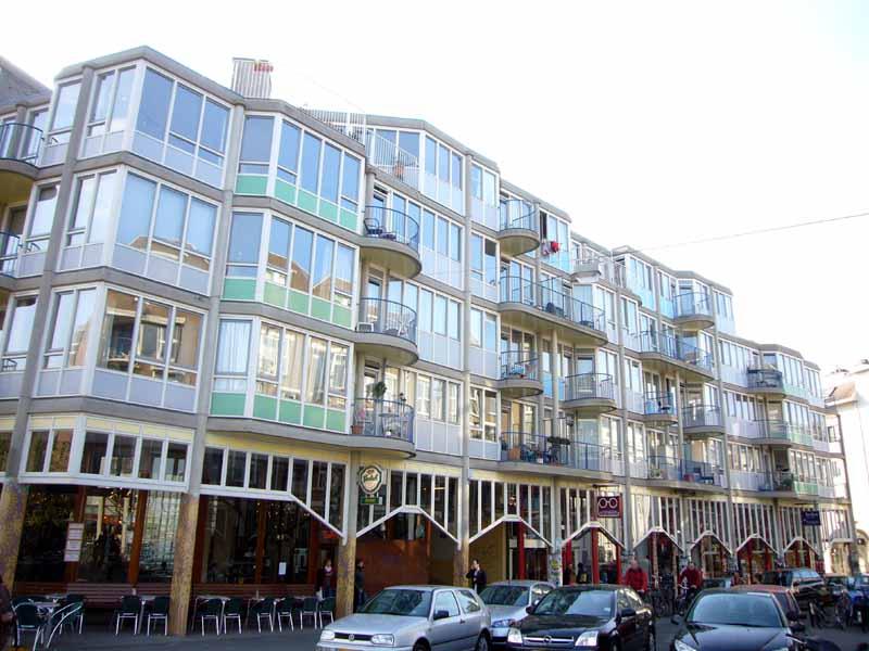 Arsitektur Post Modern Aldo Van Eyck