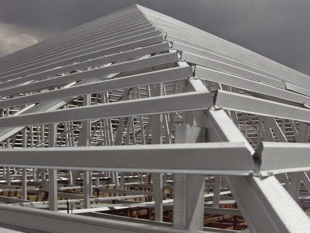 Konstruksi Baja Ringan Anti Karat