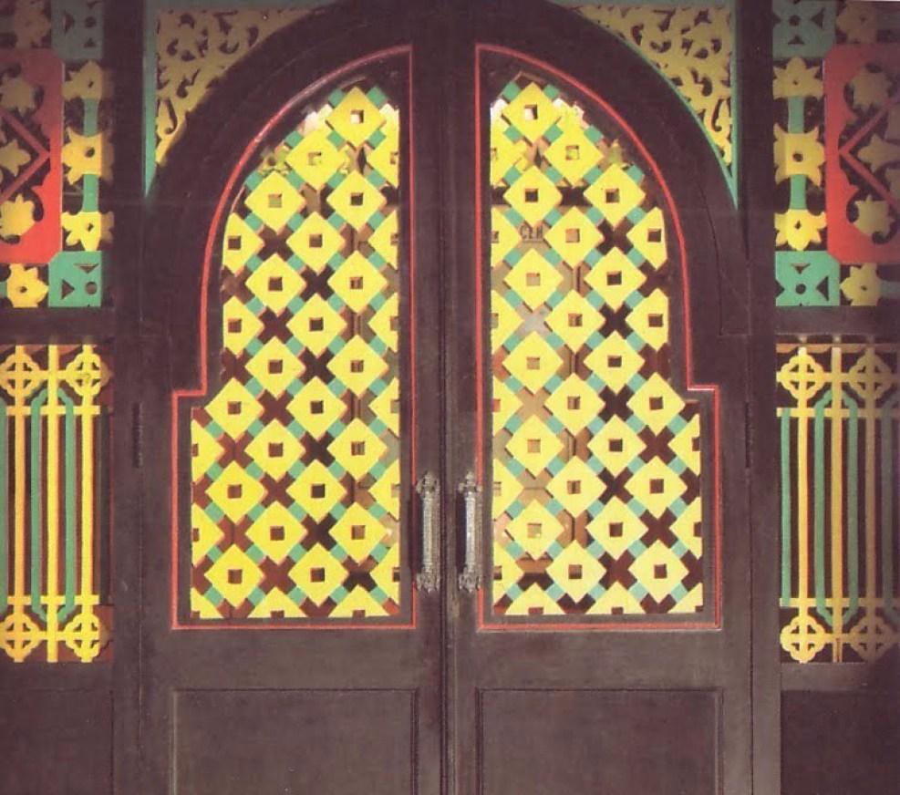 Pintu Rumah Adat Aceh Krong Bade