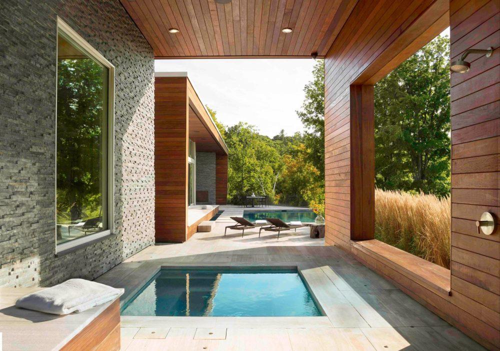 Desain Rumah Kayu Minimalis Berdinding Miring
