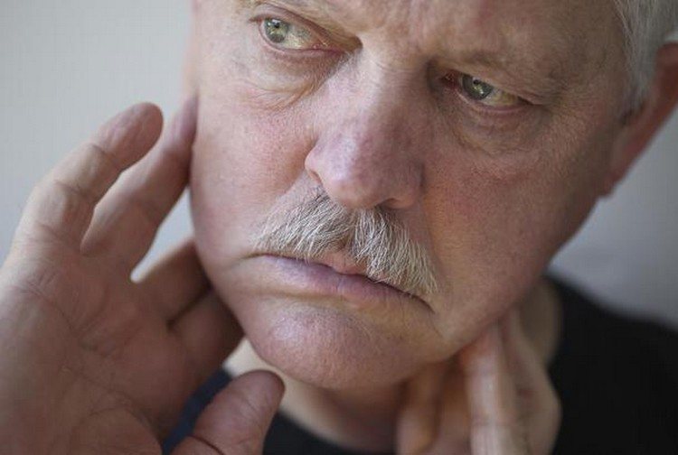 Bahaya Asbes Pembengkakan Leher