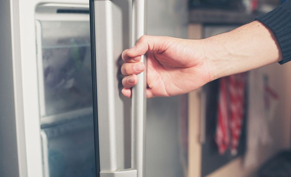 Kulkas Tidak Dingin Pintu