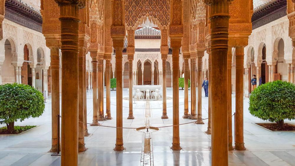 Arsitektur Islam Istana Alhambra di Spanyol