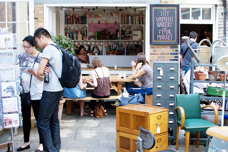 5 Desain Interior Cafe Paling Inspiratif yang Nggak Banyak Diketahui