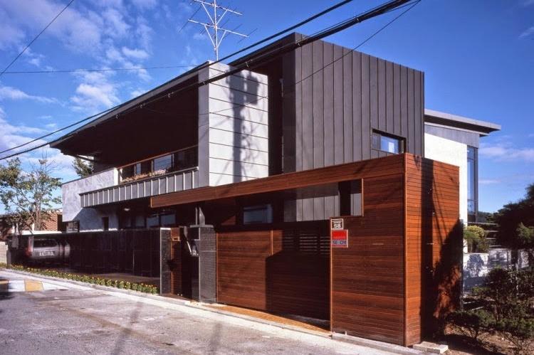 Gaya klasik desain rumah minimalis dua lantai