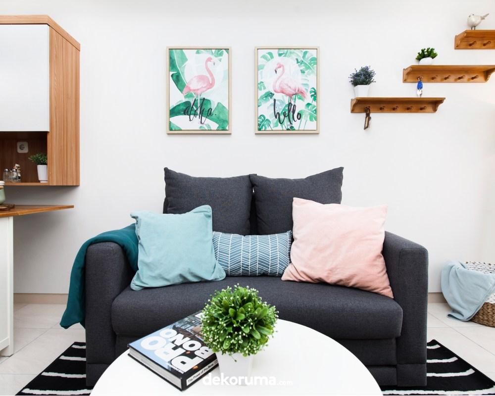 Ruang TV Proyek Apartemen Springlake Dekoruma