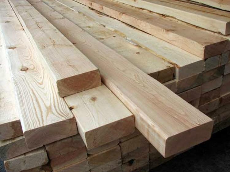 Kayu juga dipakai sebagai material bangunan