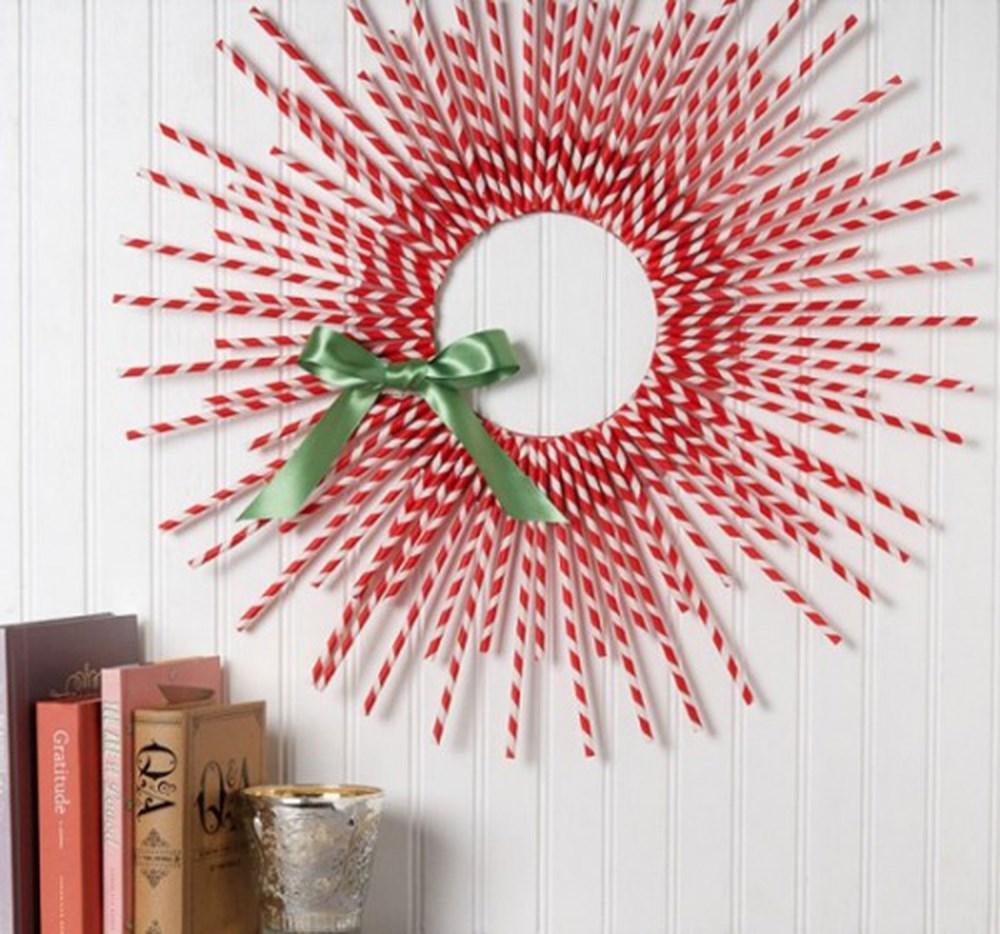 Hiasan Dinding Dari Sedotan Natal