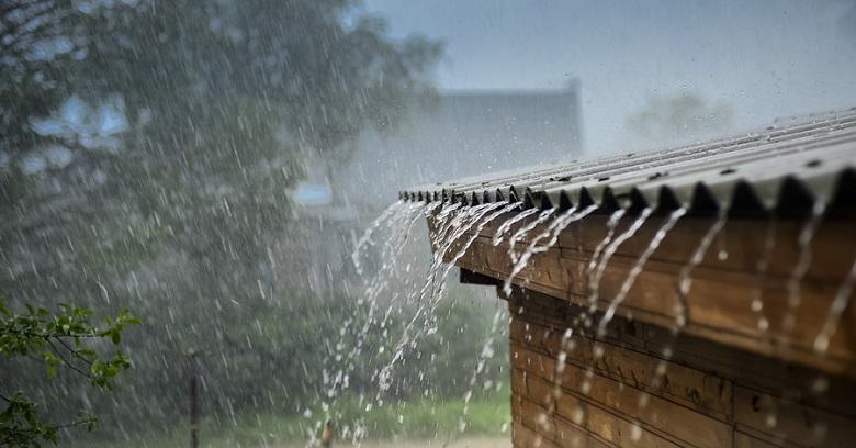 Atap Spandek Berisik Ketika Hujan
