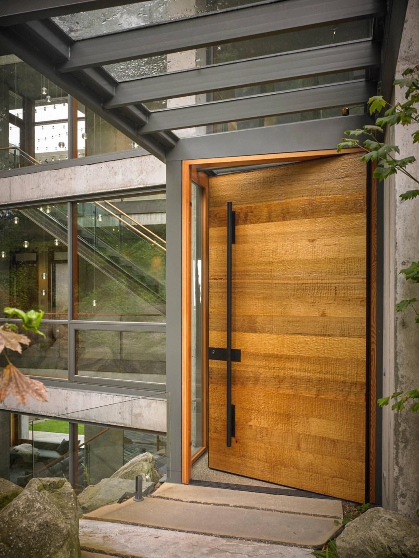 Kusen Pintu Minimalis dari Besi