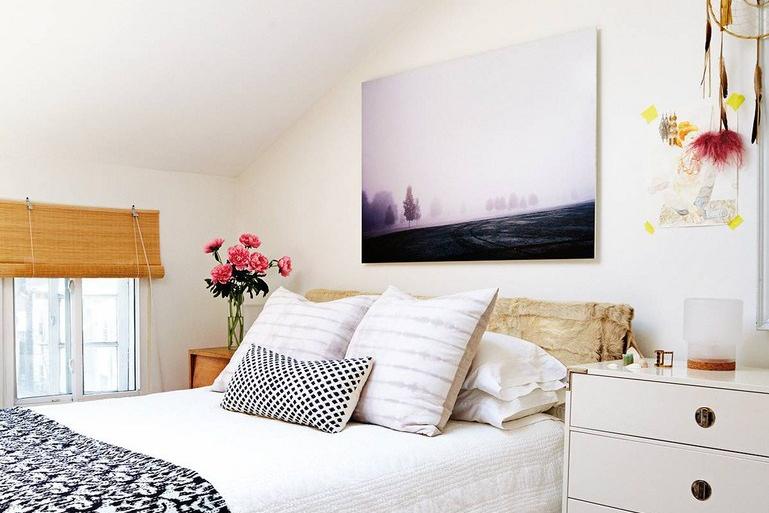 Penataan kamar tidur dengan tambahan storage