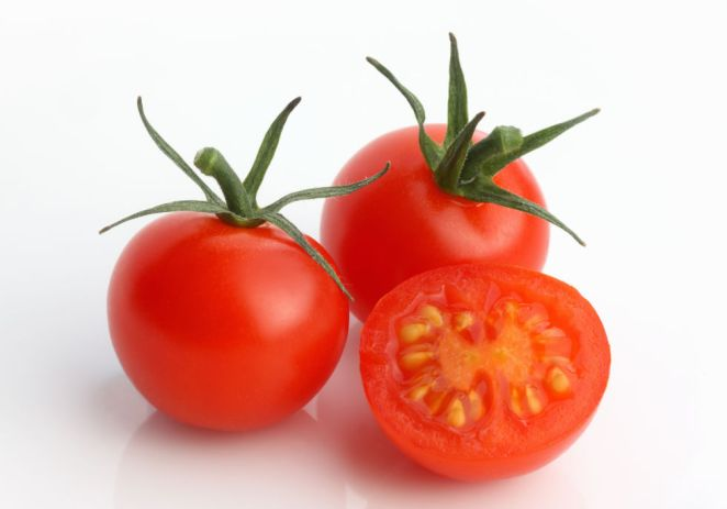 """Researchers in a January 2013 study investigated the relationship between symptoms of depression and eating tomatoes and tomato-based products. The results, which were reported in the Journal of Affective Disorders, show participants who regularly consumed tomatoes had nearly half the odds of depression as those who didn't get a consistent tomato fix.  """"Tomatoes contain lycopene, an antioxidant that's a powerhouse in preventing heart disease, stroke and now depression,"""" Dr. Bhatia says.  It's not clear whether the prevention of depression is indirect due to lycopene's positive effect on overall health, but either way, """"include tomatoes in your diet at least four times per week – think tomato soup, salads or homemade pasta sauce,"""" Bhatia says."""