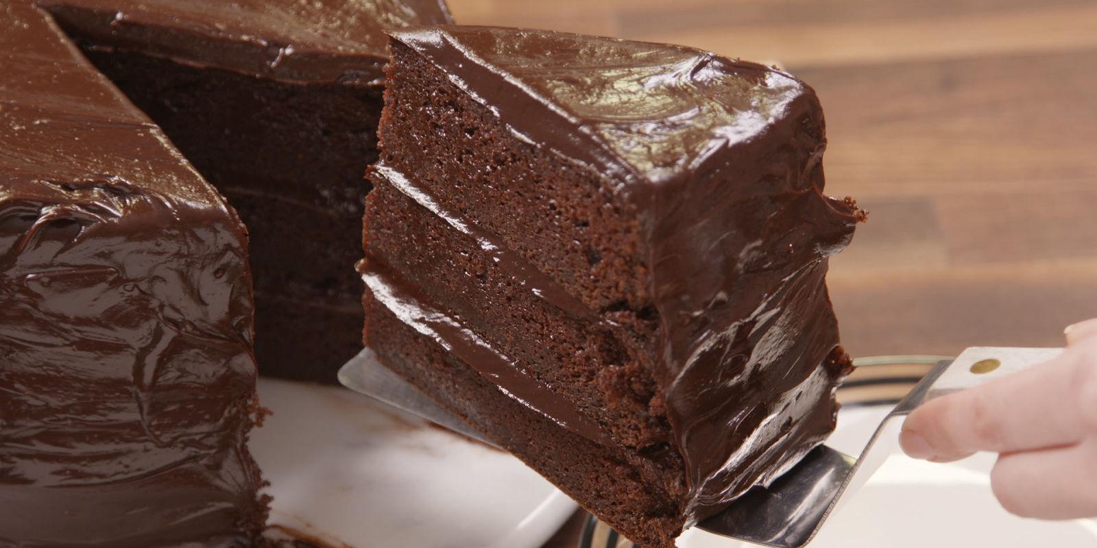 20 Easy Chocolate Cake Recipes