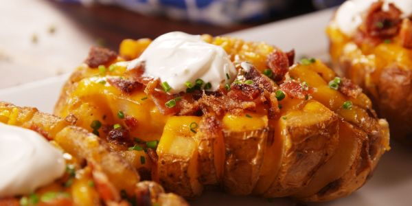 Cooking Bloomin' Baked Potatoes Video – Bloomin' Baked ...