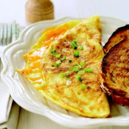 Znalezione obrazy dla zapytania egg omelette