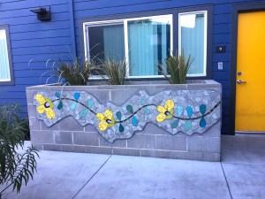 Mosaic Garden Apts Planters 02