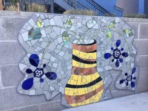 Mosaic Garden Apts Planters 04