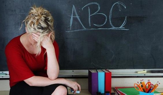 Fin del despido del  interino docente en el verano