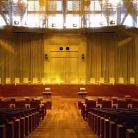 El TJUE admite el abuso con los interinos pero rechaza la conversión en indefinidos