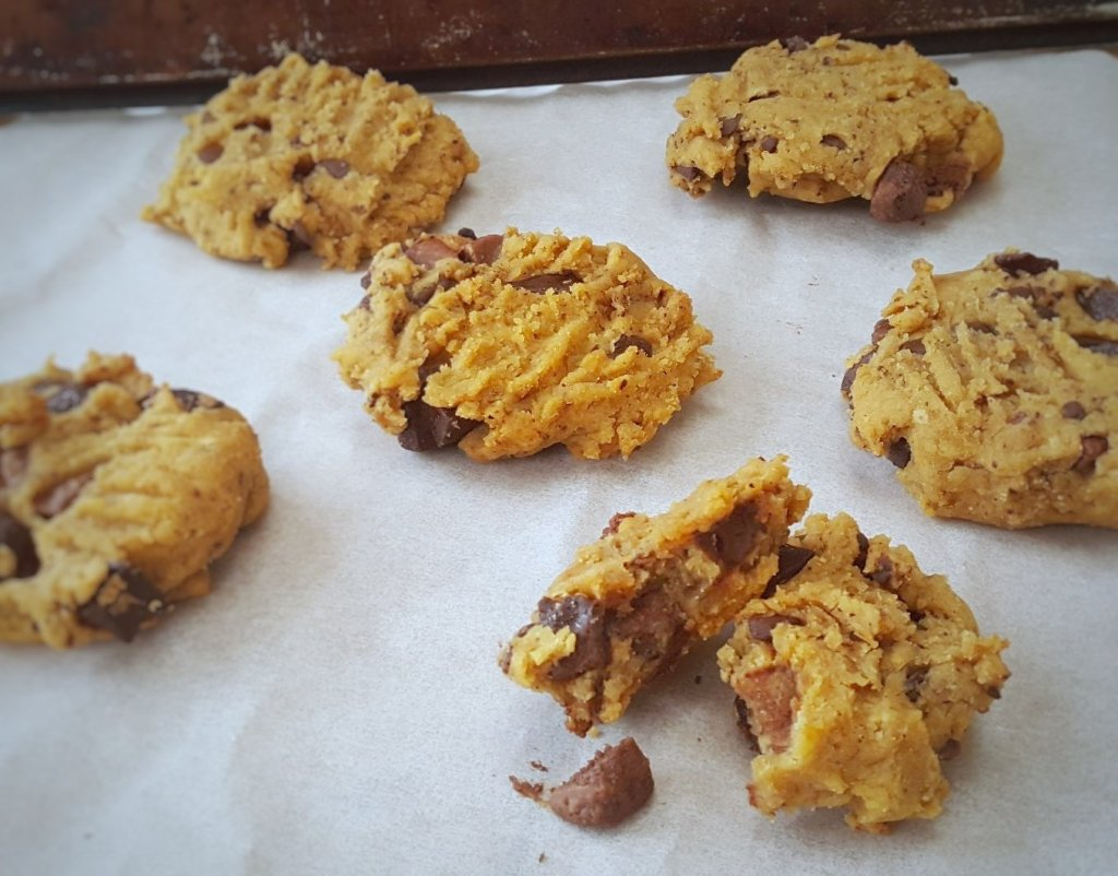 Chocolate Chip Chickpea Cookies; Delalicious