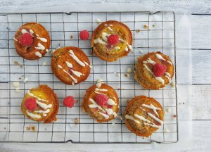 Mini Lemon, Raspberry & Poppy Seed Cakes; Delalicious