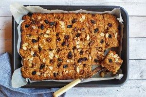 Spiced Apple & Carrot Squares; Delalicious