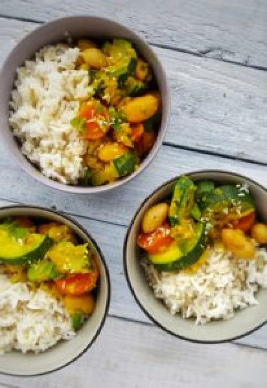 Ginger & Mint Butterbean Curry; Delalicious