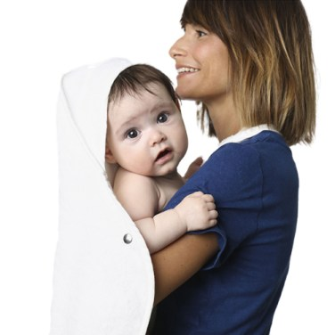 baby-towel-alb-person-whitebg
