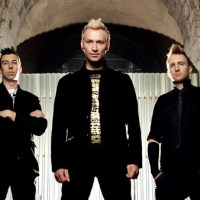 Thousand Foot Krutch - 'Fly On the Wall'