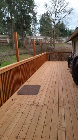 Second level deck- perfect for entertaining