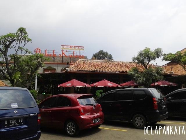 Tampak Depan Bebek Kaleyo Bandung. (Dok. Pribadi)