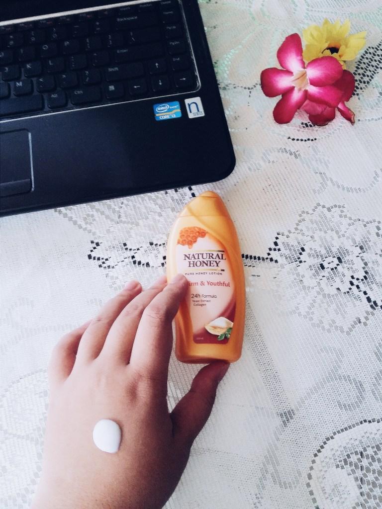 Cara pakai Natural Honey hand & body lotion