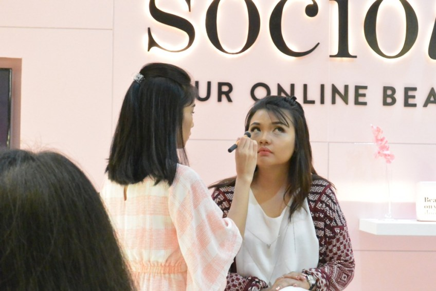 Sociolla Pop Up Plaza Indonesia Putri Kansil 2