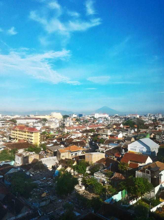 Pemandangan dari kamar jambuluwuk malioboro boutique hotel