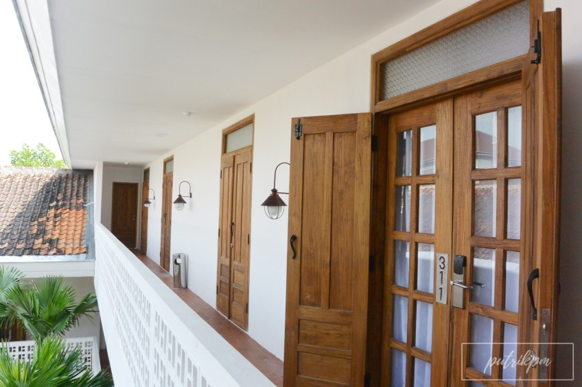Adhisthana Hotel koridor - Delapankata