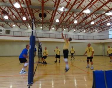 Men's Volleyball Discounts & Scrimmage Opportunities