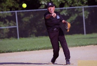 Delaware rec league softball still a big draw