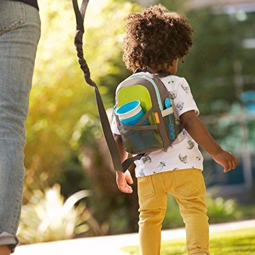 backpack leash