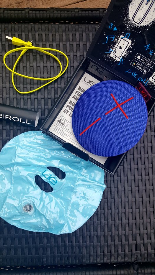 UE-Roll-@-Bluetooth-Speaker-Review