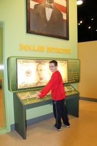 Dec 2013 & Del Child Museum 060