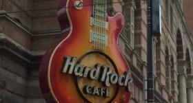 Hard Rock Cafe Philadelphia – Kids Roxstars Menu, Breakfast with Santa and Philadelphia Holiday Family Fun