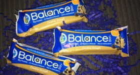 Celebrate Chocolate Chip Cookie Day with a Cookie Dough Balance Bar {Giveaway}
