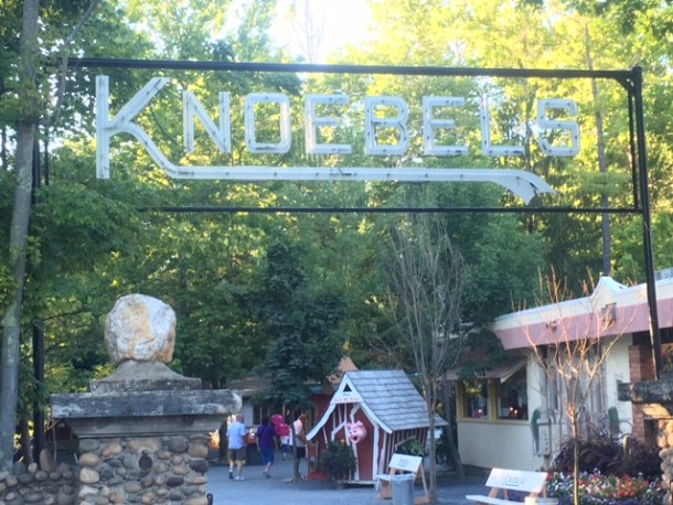 Knoebels sign