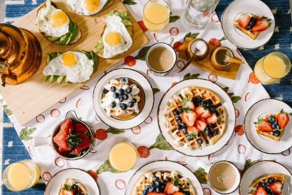 Delaware County Area Restaurants Offering Mother's Day Takeout and Curbside Pick Up Brunch, Dinner & Desserts